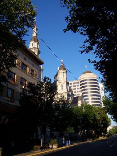 Sacramento (palo-alto_100_9000.jpg) wird geladen. Eindrucksvolle Fotos von der Westküste Amerikas erwarten Sie.